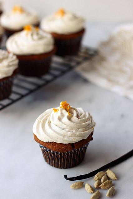 Grain-free Cardamom Vanilla Bean Cupcakes - Tasty Yummies