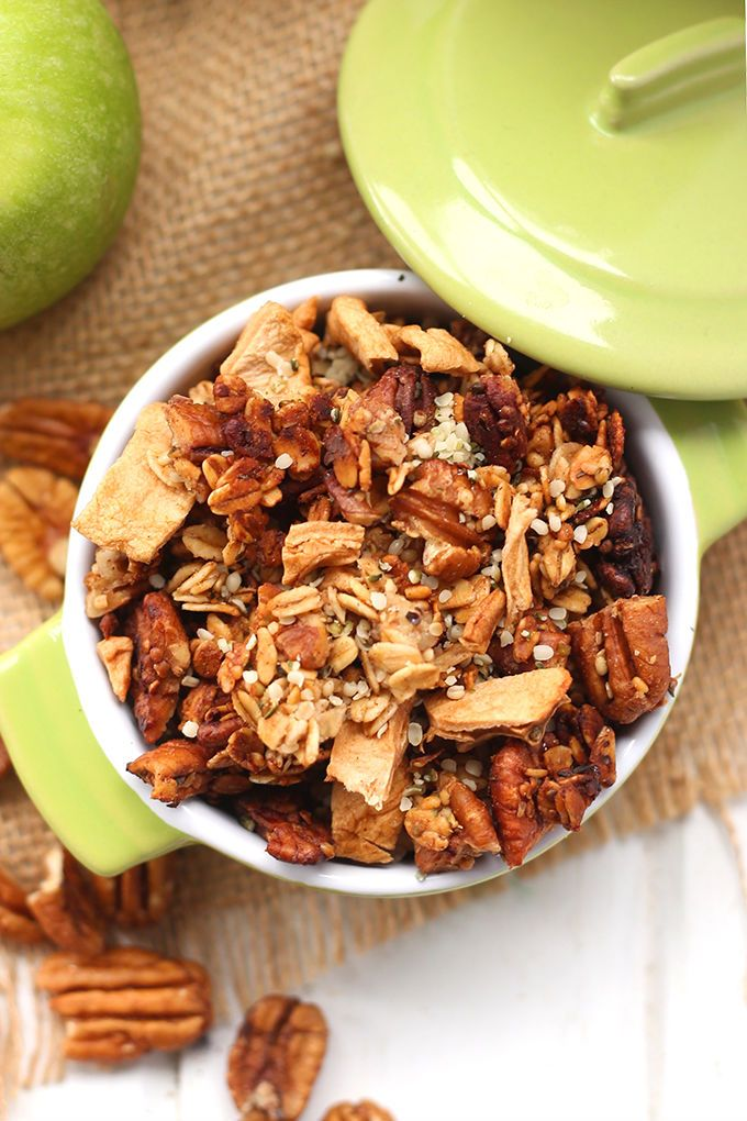 apple-pecan-hemp-heart-granola-via-the-healthy-maven