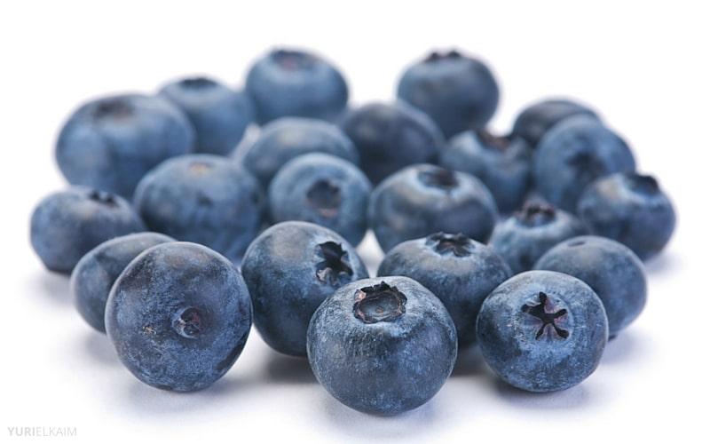 7 Anti-Aging Foods Everyone Over 40 Should Eat - Blueberries