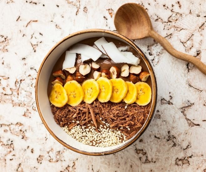 21 awesome raw food recipes for beginners to try yuri elkaim chocolate hazelnut protein bowl young and raw forumfinder Image collections