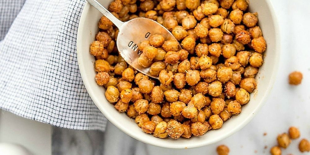 Spicy Garlic Oven-Roasted Chickpeas