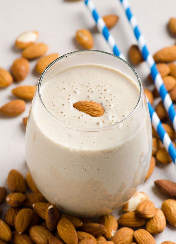 Almond Breakfast Smoothie via ifoodreal