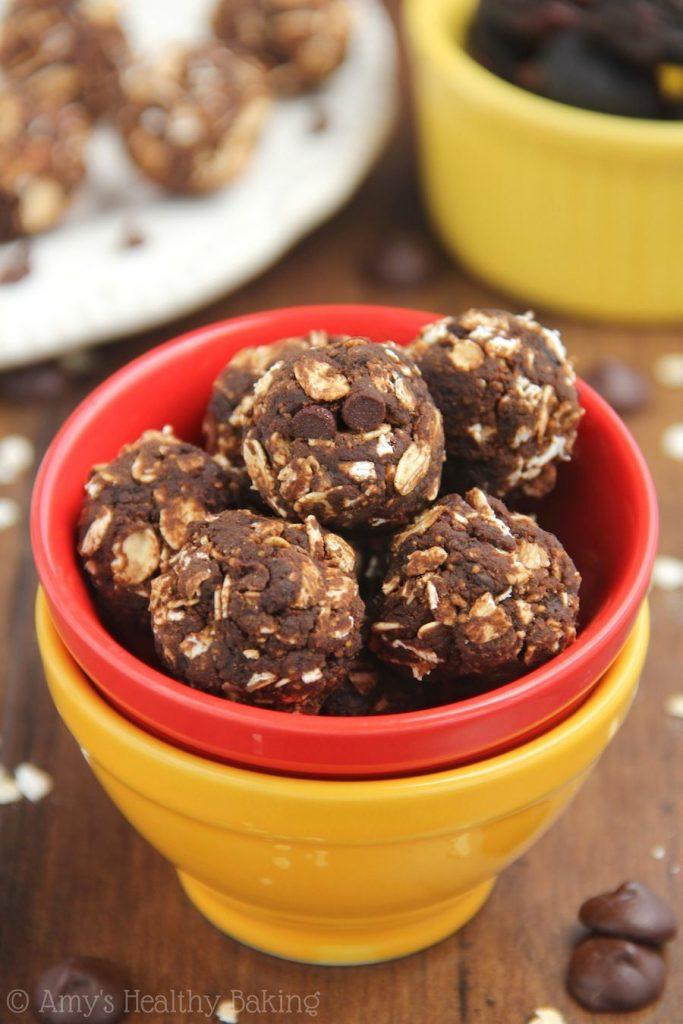 chocolate-fig-energy-bites-via-amys-healthy-baking