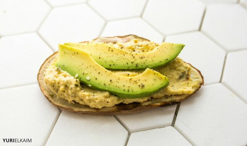 sweet-potato-avocado-toast-with-hummus