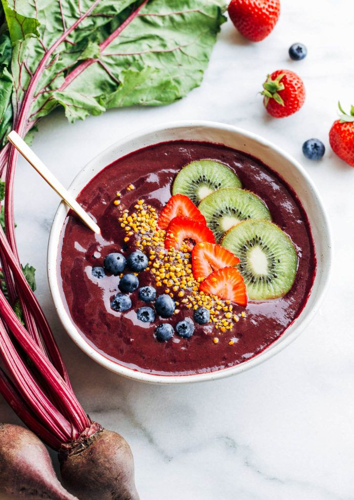 berry-beet-energizing-smoothie-bowl-via-making-thyme-for-health