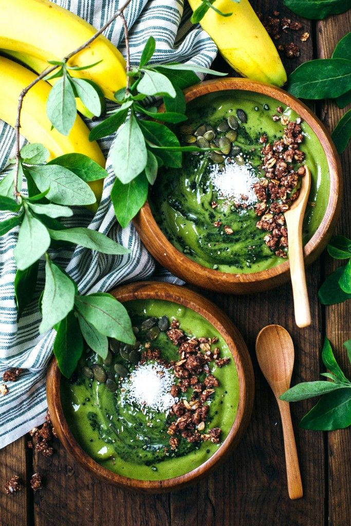 Summer Green Smoothie Bowl