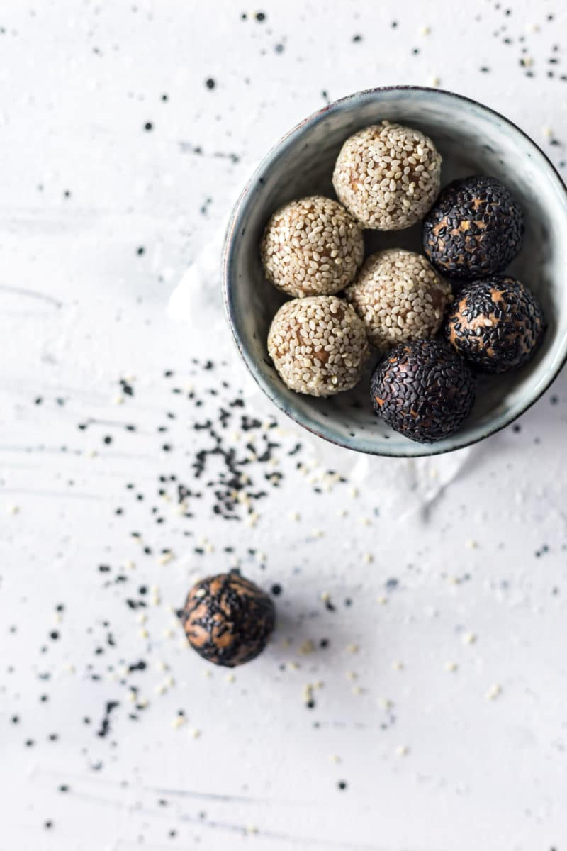 Chocolate Tahini Protein Energy Balls