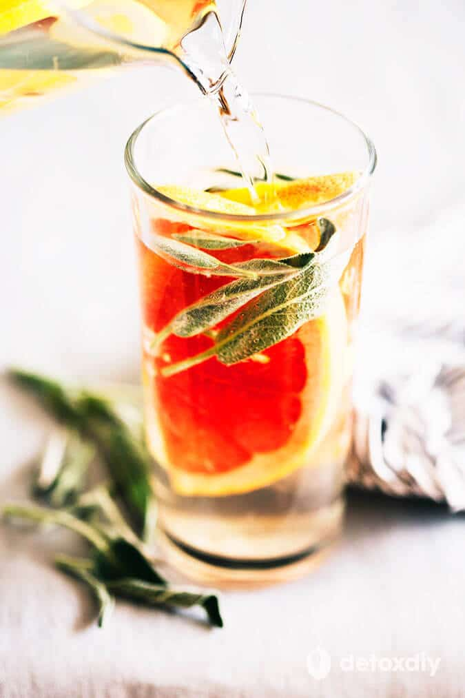 Grapefruit Infused Water via Detox DIY