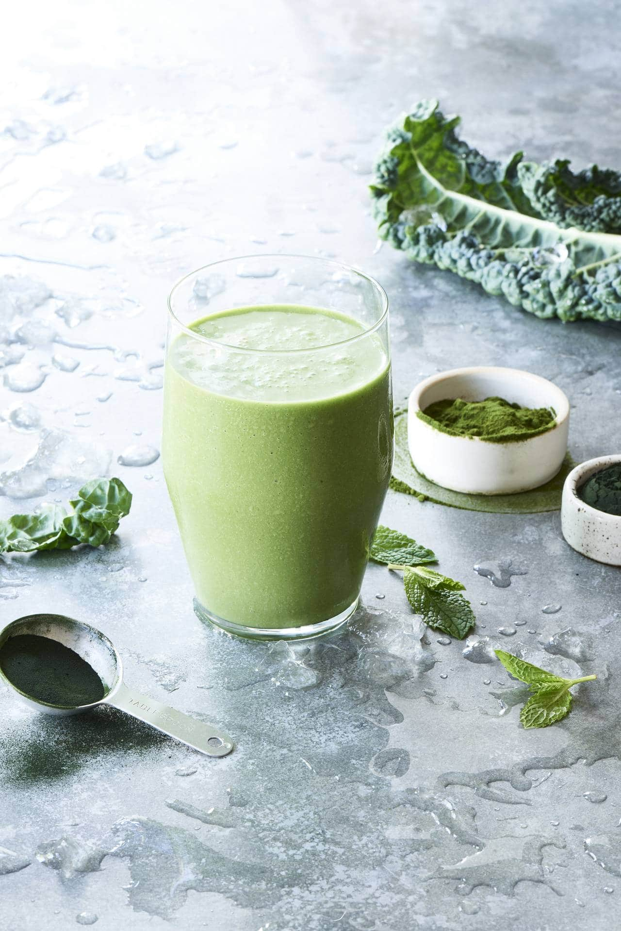 Superfood Green Machine Smoothie via Healthy Blender Recipes