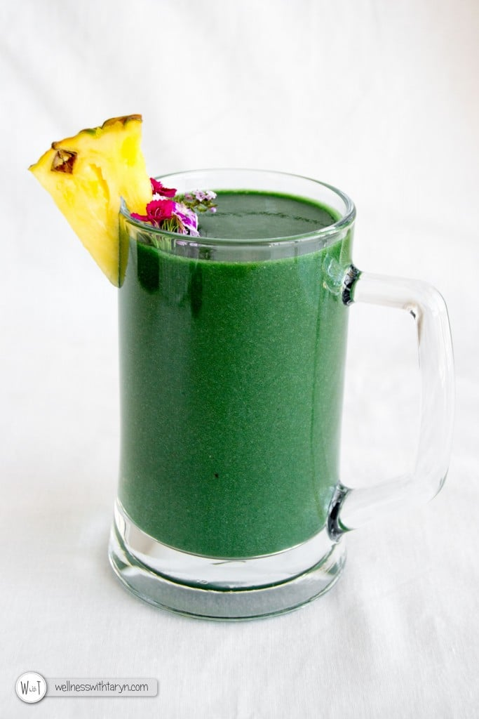Tropical Spirulina Smoothie via Wellness with Taryn
